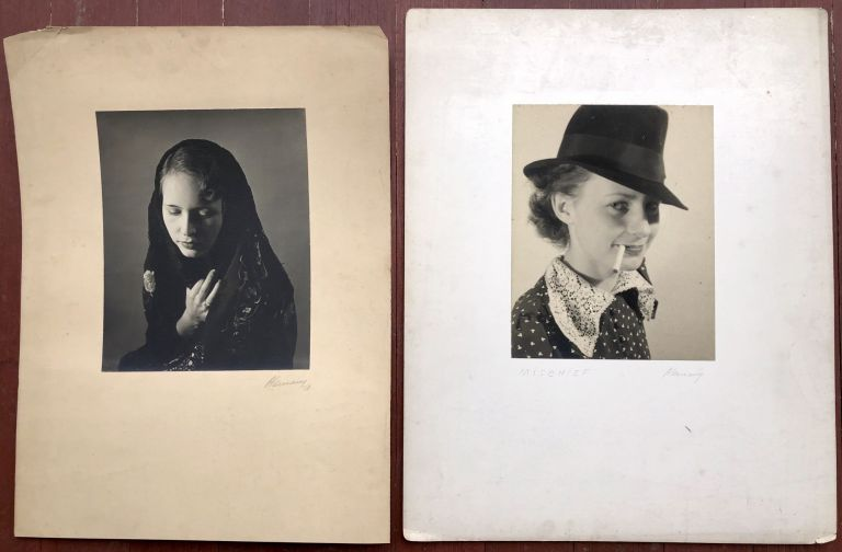 18 original signed photographic portraits of women taken in the late 1930s. Jose Alemany.