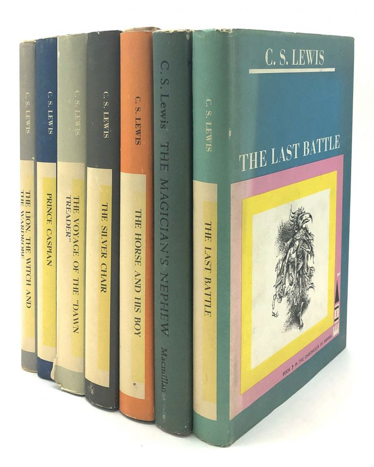 Chronicles of Narnia, 7 volumes, 1962-1963, in dust jackets: The Lion, the Witch and the Wardrobe; Pince Caspian, The Voyage of the Dawn Treader, The Silver Chair, The Horse and his Boy, The Magician's Nephew, The Last Battle. C. S. Lewis.