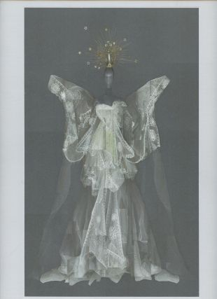 Heavenly Bodies: Fashion and the Catholic Imagination (Two volume set in slipcase). Andrew Bolton